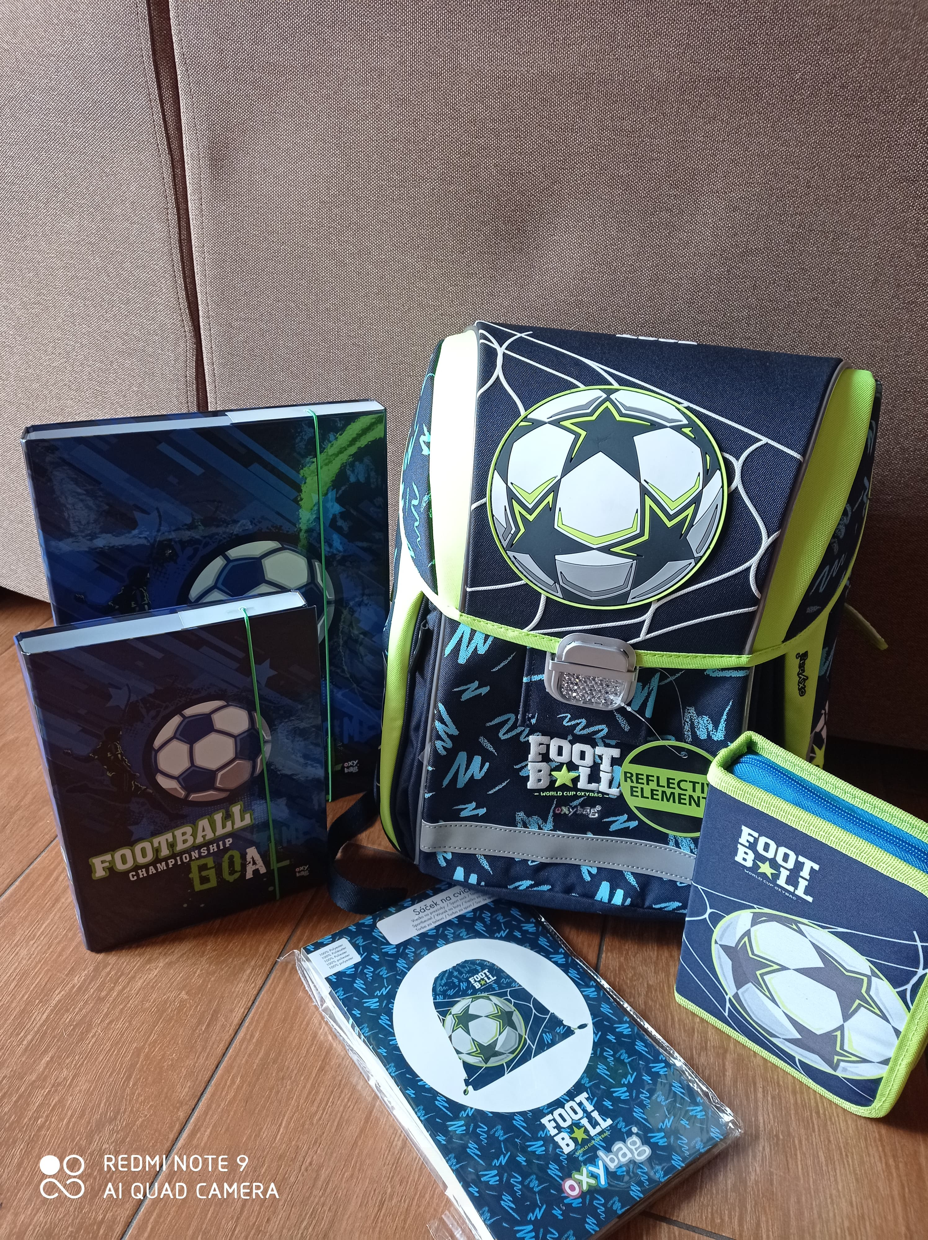 Set 5ti dílný PREMIUM LIGHT FOTBAL 2